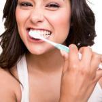 歯の黄ばみを除去する方法