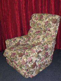 Lot Detail - LOVELY LAZY BOY WALL HUGGER RECLINER WITH ...