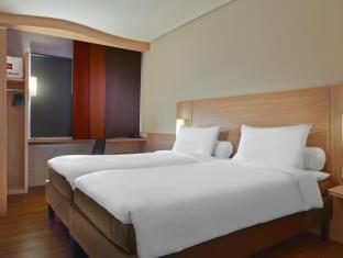 ibis-jakarta-cawang-hotel2