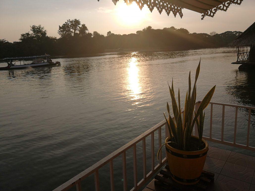 Kanchanaburi River Kwai