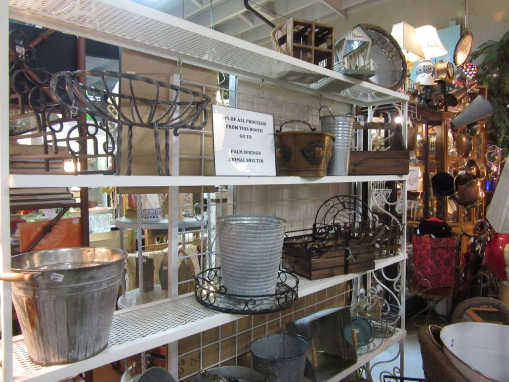Shopping in Palm Springs Sunny Dunes Antiques Mall