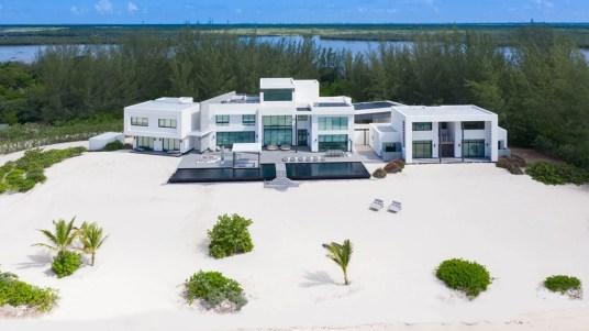sea-of-dreams-grand-cayman-02