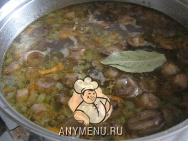sup-gribnoj-s-grechnevoj-krupoj