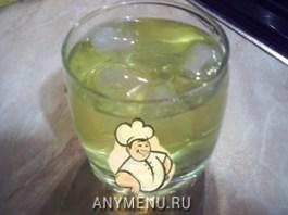 napitok-iz-melissy-s-limonom