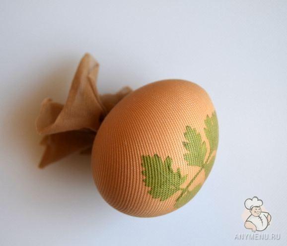 Пасхальные яйца в луковой шелухе2