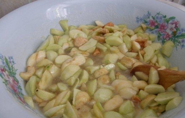 Повидло из яблок белый налив2