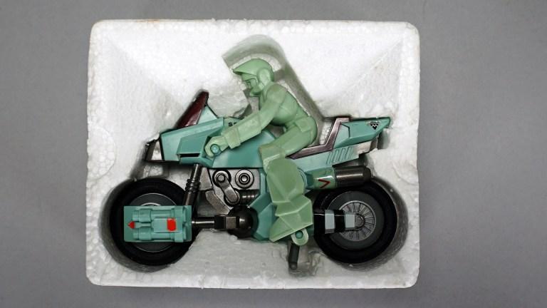 Gakken-Bike-Mode-Ride-Armor-1.jpg?resize