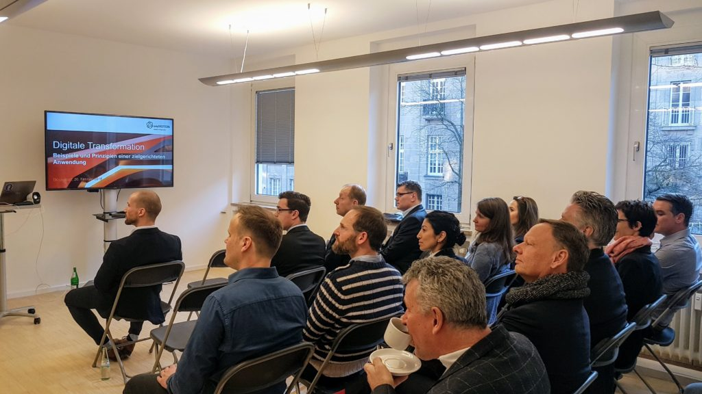 Teilnehmer am anyMOTION Digital Breakfast 2018 Digi-Fruehstueck mit Unternehmerschaft Duesseldorf zur digitalen Transformation-min