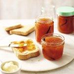 Recipe: Peach & vanilla jam