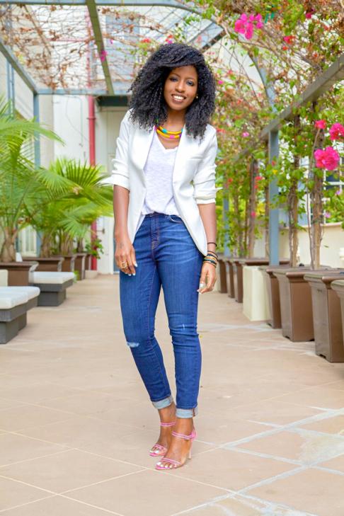 9 Ways To Style White T-shirt