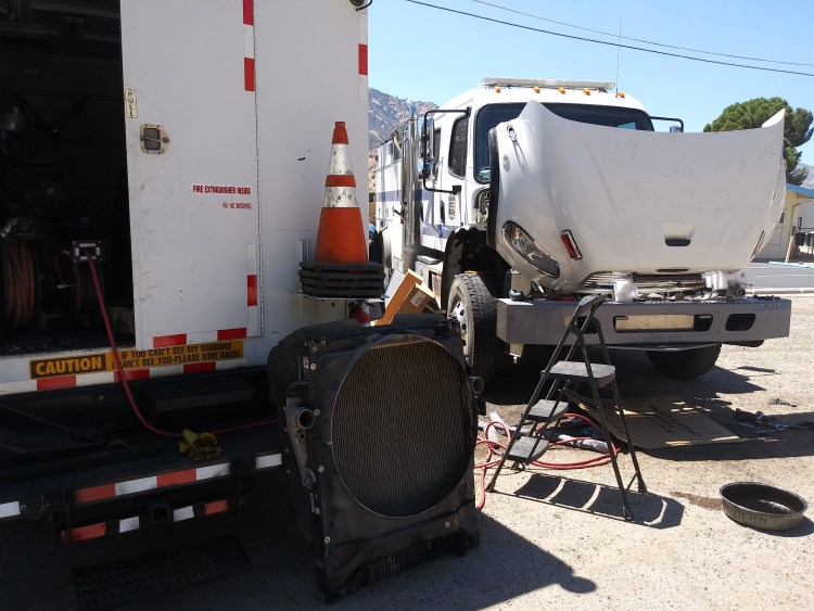 Mobile Diesel semi-truck Mechanic in Bakersfield, Servicing various brands of equipment and repairing many semi-trucks and trailers. ready Any Time 24/7 even on holidays specializing in semi-trailers trucks and equipment of various sizes like for instance forklifts RV's skid steers heavy hauler trailers, low profile trailers piggyback forklifts, and various other commercial equipment with our very educated technicians solving your problem the first time with no add on's. We also do various other services like DOT Inspections, preventative maintenance inspections, We work on RV's too and other recreational vehicles such as boats. We are fully licensed and ready to serve you onsite or you may visit our shop Mobile Open 24/7 Shop 8-5 Mon-Fri