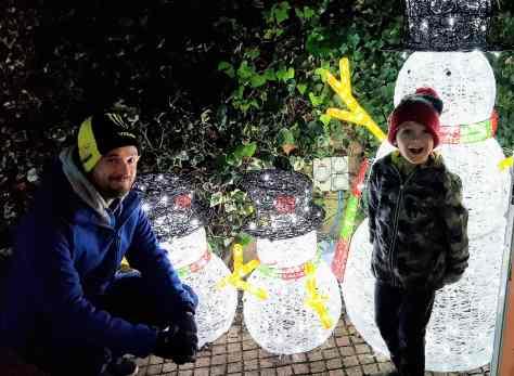Illuminated snowmen