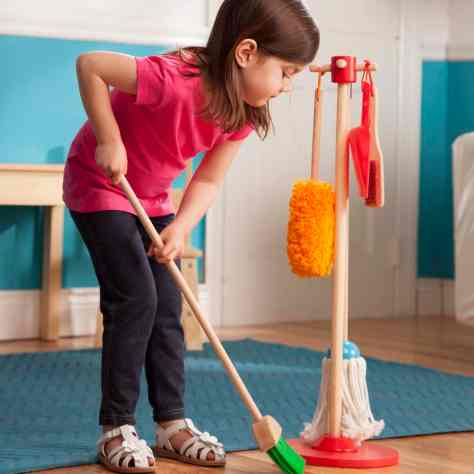 Melissa & Doug Let's Play House! Dust! Sweep! Mop! - Lifestyle 10