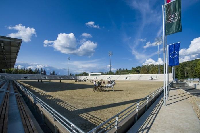 Az új lipicai lovasközpont Szilvásváradon a megnyitó előtti napon
