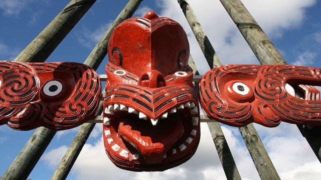 Maori carving Rotorua New Zealand