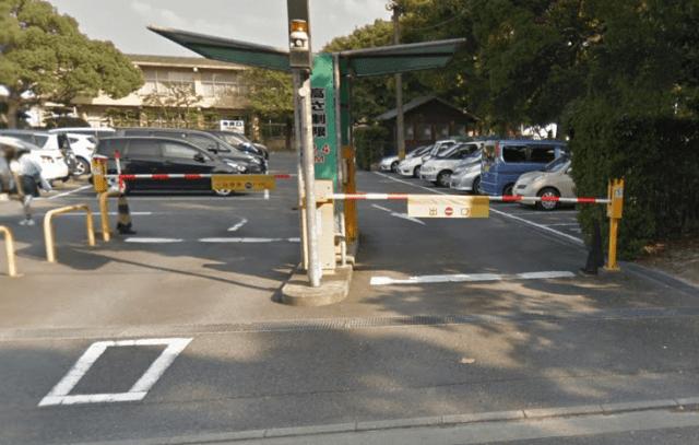 筥崎宮前駐車場