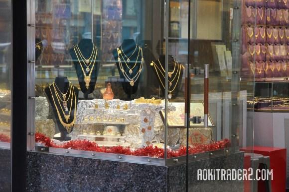 リトルインディアの金宝飾店