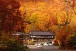 温泉を楽しみ、八甲田山の紅葉を一望できる。青森県青森市の「酸ヶ湯温泉」へ行こう!