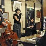 五所川原の喫茶店「駅舎」=レトロな空間にジャズ響く!