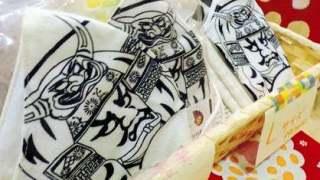 病魔も逃げる「ねぶたマスク」祭り中止で手ぬぐいや浴衣生地から作製