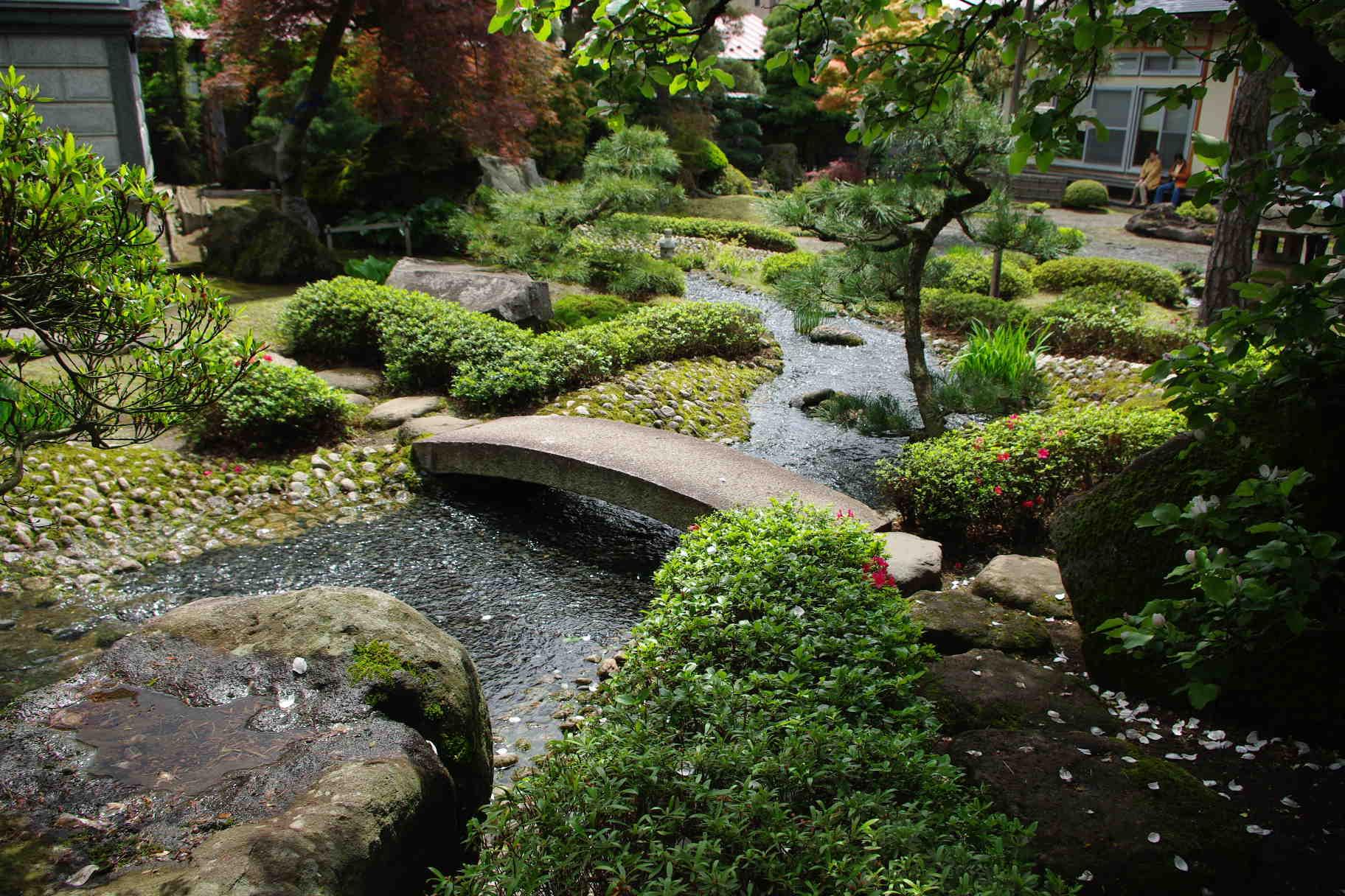 Japanese Garden And Kura Storage In Hirakawacity  Aomori