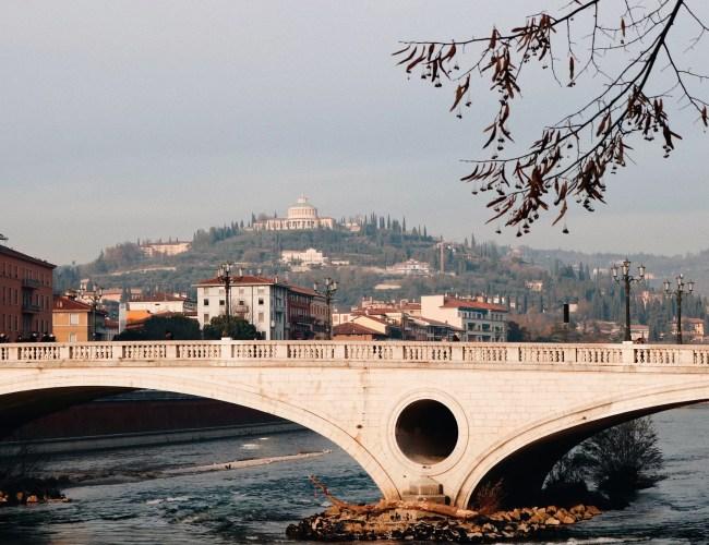 Verona em 1 dia ponte rio ádige