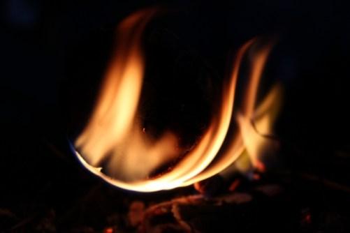 乾燥で火事が起こるのはなぜ?冬の乾燥についてと対策まとめ!