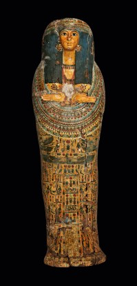 © KHM-Museumsverband, Deckel des Außensarges der But-har-chonsu, Dritte Zwischenzeit, späte 21.u.frühe 22. Dynastie (1081–910 v. Chr.)