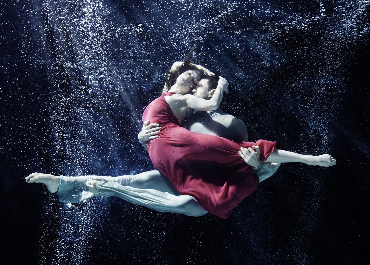 Unterwasser Ästhetik, Art On Screen - News - [AOS] Magazine