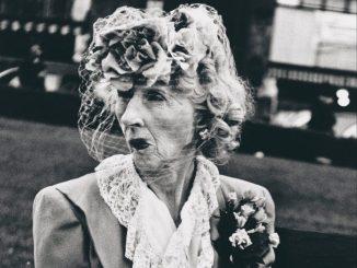Model Arbus Goldin, Lisette Model, Woman with Veil, San Francisco 1949 © Estate of Lisette Model