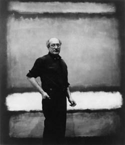 "Mark Rothko vor dem Werk ""No. 7"", Mark Rothko, Mark Rothko Bilder, Rothko Ausstellung in Wien, Rothko Retrospektive im KHM, Kunsthistorisches Museum"