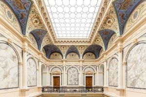 Albertina Modern, Das neue Künstlerhaus, Eingangshalle mit Decke, Museum in Wien