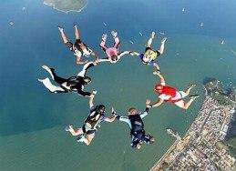 o-que-fazer-no-rio-de-janeiro-paraquedas O que fazer no Rio de Janeiro (mais de 40 Dicas!)