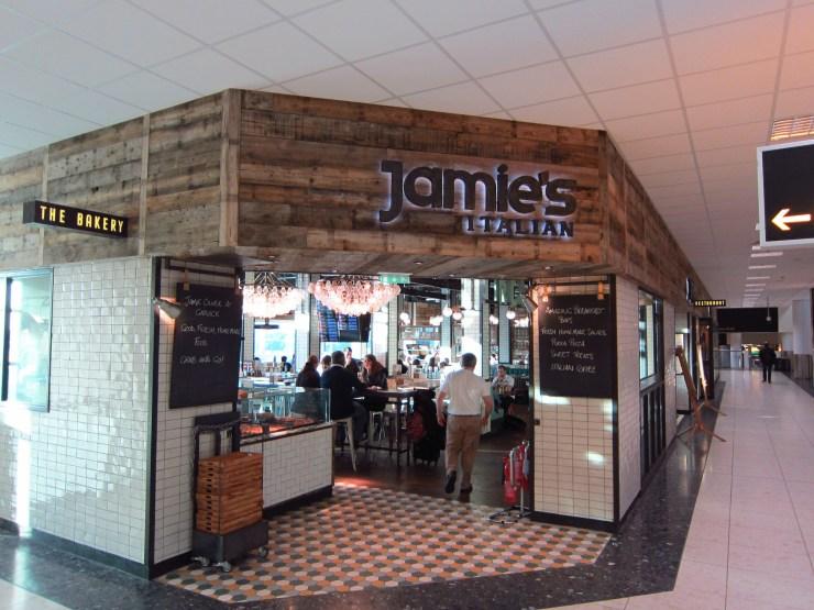 passar-o-tempo-no-aeroporto-restaurante-jamie-oliver Como passar o tempo no aeroporto (com maestria)