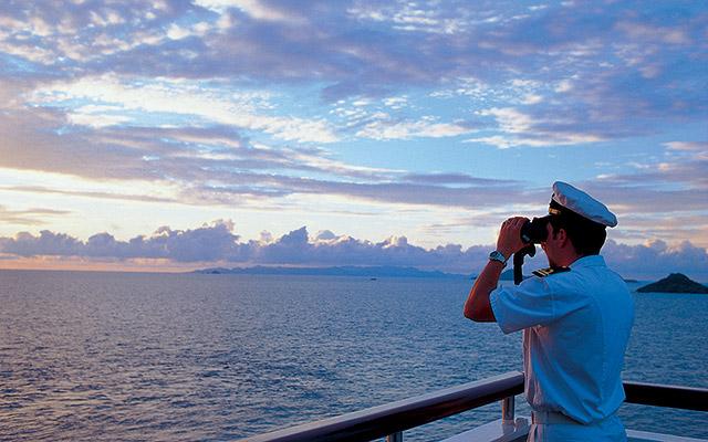 trabalhar-navio-de-cruzeiro-royal-caribbean-2 Como morar fora do Brasil ?