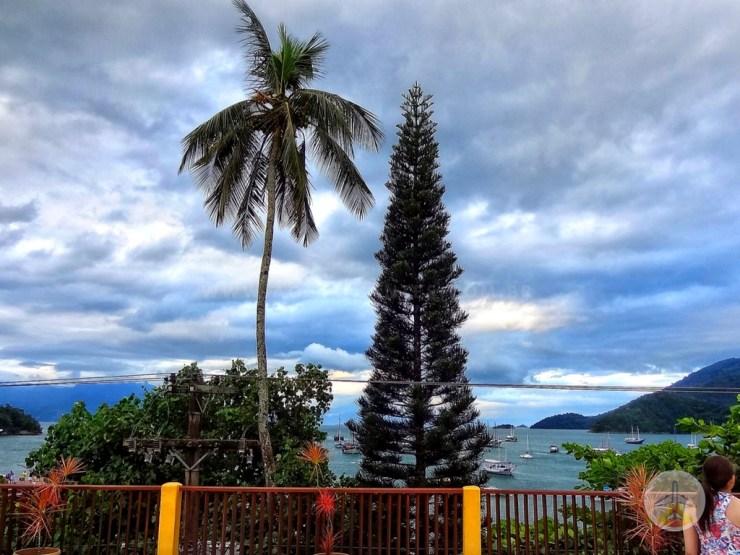 Como-chegar-a-Ilha-Grande-e-onde-se-hospedar-cafe-da-manha Como chegar a Ilha Grande e onde se hospedar (em detalhes!)