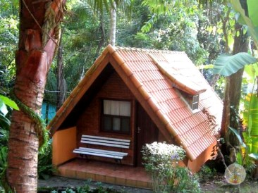 Como-chegar-a-Ilha-Grande-e-onde-se-hospedar-hi-holandes-hostel Como chegar a Ilha Grande e onde se hospedar (em detalhes!)