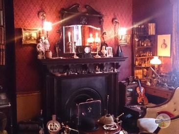 Cenários-e-Museu-de-Sherlock-Holmes-em-Londres-sala Cenários e Museu de Sherlock Holmes em Londres