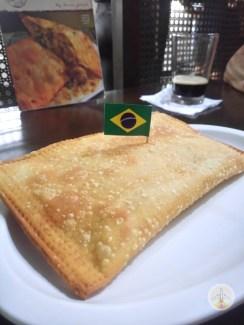 pastel-de-bacalhau-mercado-municipal Conheça São Paulo em 4 dias ou mais (o MELHOR roteiro)