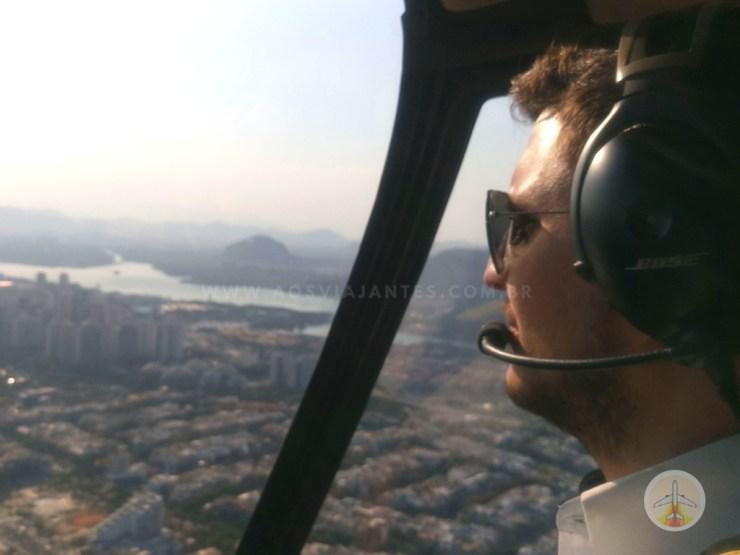 passeio-de-helicóptero-no-Rio-de-Janeiro-comandante-nobre-3 Fiz o passeio de Helicóptero no Rio de Janeiro (o melhor!)