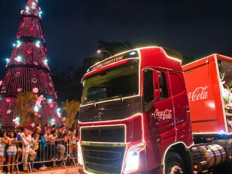 Natal-em-Curitiba-programaçãocaminhao-coca-cola Tudo sobre o Natal em Curitiba e programação (Guia)