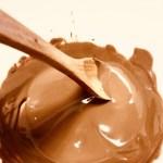 チョコ湯煎したものが固まるのを戻すには?固まったらこうしよう!