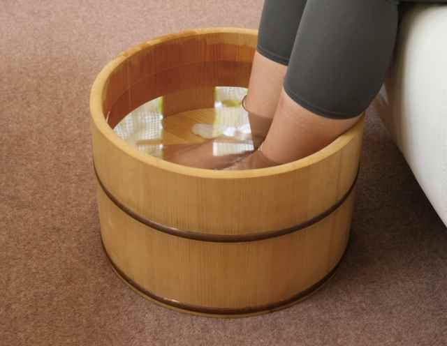 足湯を自宅で効果を上げるおすすめの方法!ポイントは温度管理