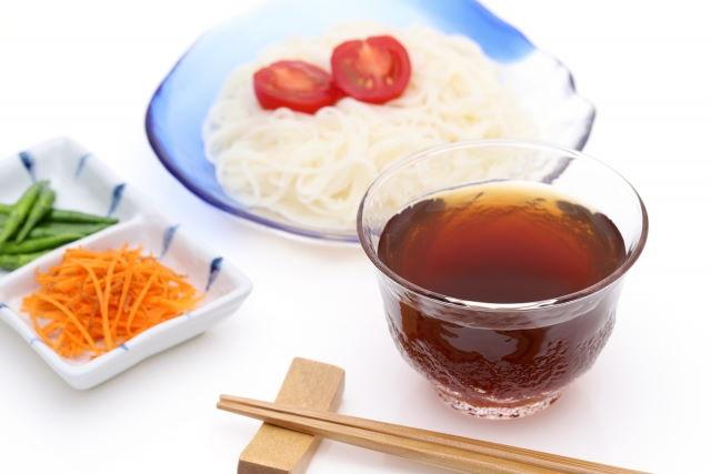 麺つゆの賞味期限切れ!開栓後ダメになった時の味や臭いなど特徴