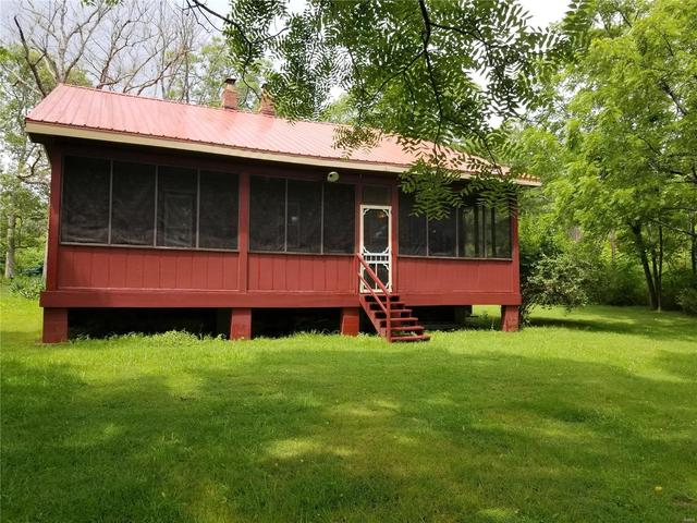 House view featured at 282 Gum Tree Rd, Middle Brook, MO 63656