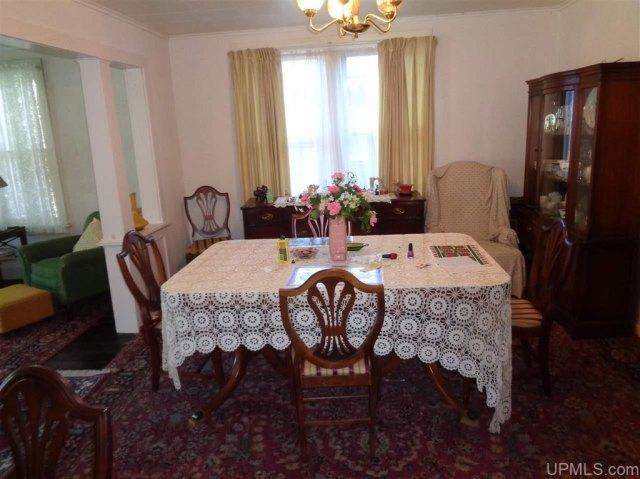 Dining room featured at 25431 Oak St, Calumet, MI 49913