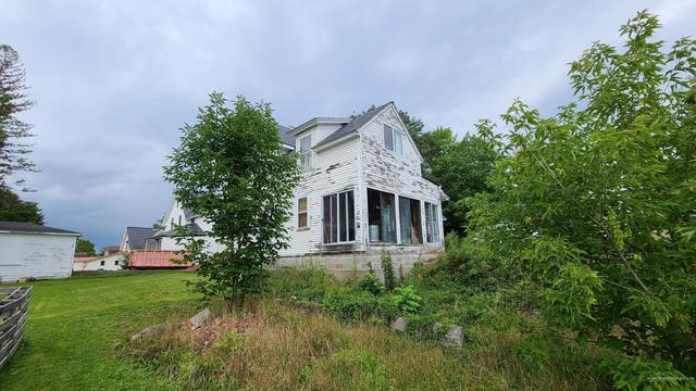 House view featured at 14 Belmont St, Milo, ME 04463