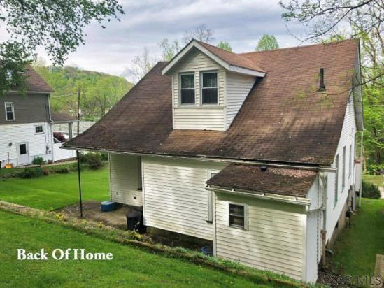 House view featured at 1135 Agnes Ave, Johnstown, PA 15905