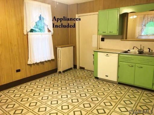 Laundry room featured at 1135 Agnes Ave, Johnstown, PA 15905