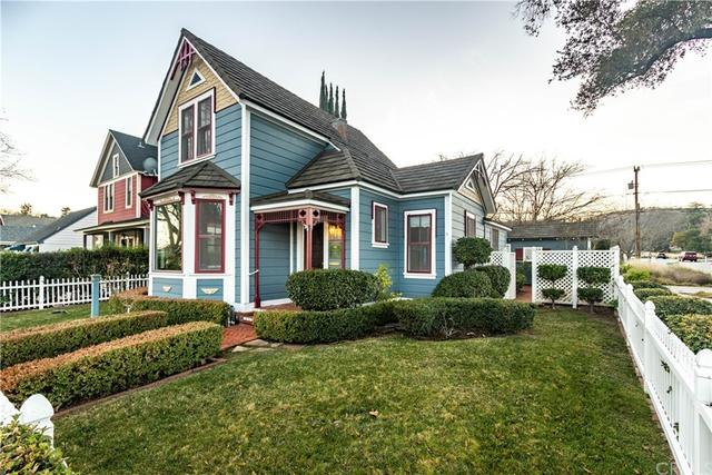 House view featured at 1145 Vine St, Paso Robles, CA 93446